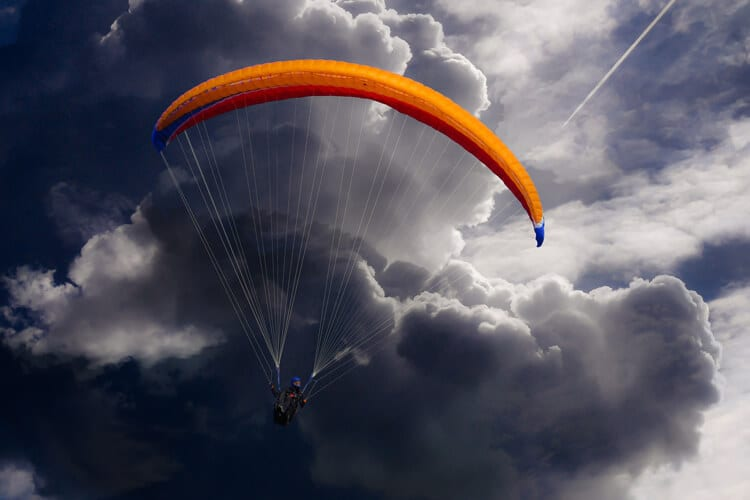 Do Parachutes Work? No, They Don't Do Squat, According to Highly-Flawed Study