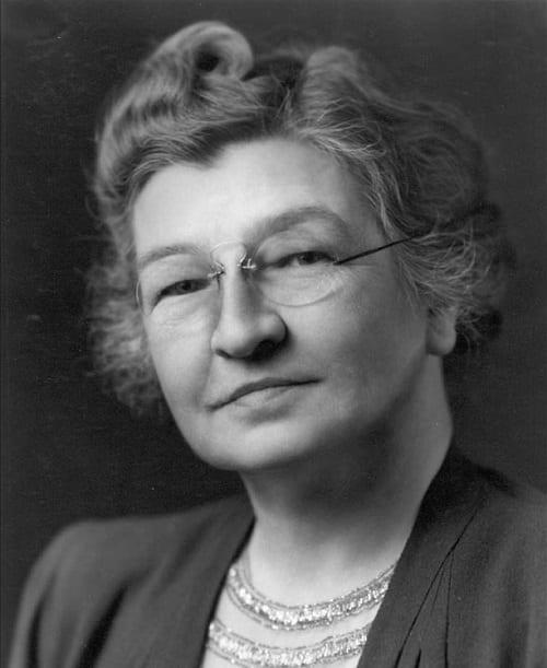 Famous female doctors_Audrey Evans
